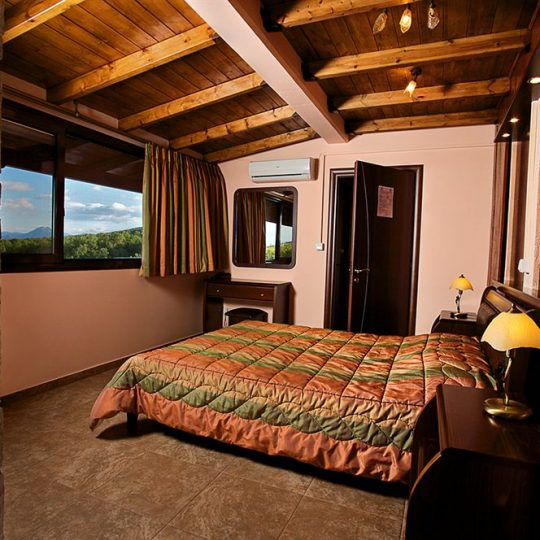 http://winter1a.hotel-sites.bookoncloud.com/wp-content/uploads/sites/92/2016/02/junior-suite-1-1-1-540x540.jpg